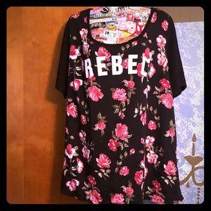 Rebel Wilson for Torrid Short Sleeve Shirt